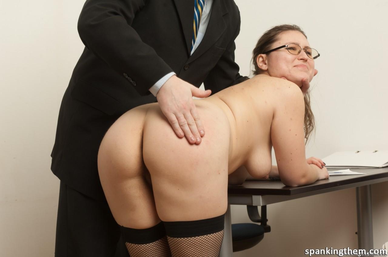 обмыл порно наказал секретаршу жары жажды многие